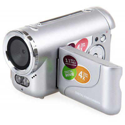 DV136 1.5 inch 3.1MP Interpolation Digital Video Camera Recorder/Camescope High Resolution LCD Screen