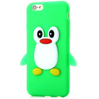 Buy GREEN Fashionable Penguin Pattern Silicone Material Back Cover Case for iPhone 6 4.7 inches for $3.09 in GearBest store