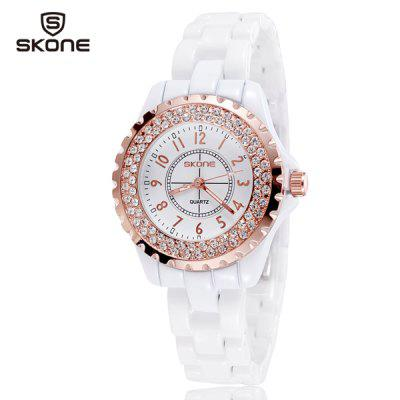 Skone 1242 Ladies Diamond Quartz Watch Japan Movt Round Dial Ceramic StrapWomens Watches<br>Skone 1242 Ladies Diamond Quartz Watch Japan Movt Round Dial Ceramic Strap<br><br>Available Color: Gold,Silver<br>Band material: Ceramic<br>Case material: Alloy<br>Clasp type: Butterfly clasp<br>Display type: Analog<br>Movement type: Quartz watch<br>Package Contents: 1 x Watch<br>Product size (L x W x H): 20.4 x 3.6 x 1.0 cm / 8.0 x 1.4 x 0.4 inches<br>Product weight: 0.078 kg<br>Shape of the dial: Round<br>Style: Fashion&amp;Casual, Ceramics<br>The band width: 1.4 cm / 0.6 inches<br>The dial diameter: 3.6 cm / 1.4 inches<br>The dial thickness: 1.0 cm / 0.4 inches<br>Watches categories: Female table