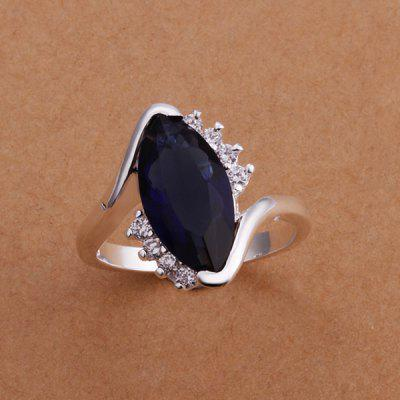 Fashionable Embellished Black Diamond Women's Ring