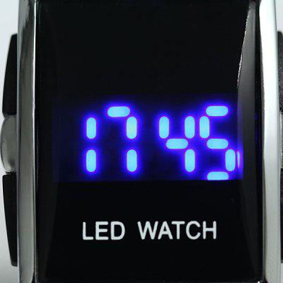 YH - 10 Digital Stainless Steel Back Date LED Sport Watch Toughened Glass Mirror WatchSports Watches<br>YH - 10 Digital Stainless Steel Back Date LED Sport Watch Toughened Glass Mirror Watch<br><br>Available Color: Black,White<br>Band material: Plastic<br>Brand origin: China<br>Case material: Stainless Steel<br>Clasp type: Pin buckle<br>Display type: LED lamp, Digital<br>Movement type: Digital watch<br>Package Contents: 1 x YH-10 Digital Stainless Steel Back Blue Light LED Watch<br>People: Unisex table<br>Product size (L x W x H): 25.50 x 3.80 x 1.10 cm / 10.04 x 1.5 x 0.43 inches<br>Product weight: 0.056 kg<br>Screen: LCD<br>Shape of the dial: Square<br>Special features: Date<br>The band width: 2.9 cm<br>The dial diameter: 3.4 cm<br>The dial thickness: 1.3 cm<br>Watch style: Outdoor Sports, LED