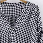 Plus Size Stand Up Collar Plaid Blouse - WHITE AND BLACK