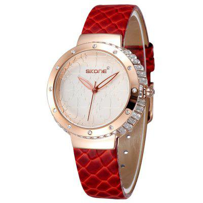 Skone Clovers Face Female Diamond Quartz Watch Embossed PU Strap Wristwatch