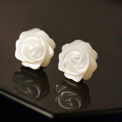 Pair of Cute Shell Floral Stud Earrings For Women