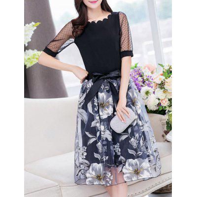 Stylish Jewel Neck Half Sleeves Patchwork T-Shirt + Floral Skirt For Women