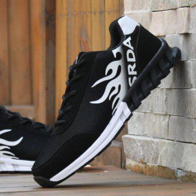 Buy WHITE AND BLACK Breathable Tie Up Colour Block Athletic Shoes for $23.45 in GearBest store