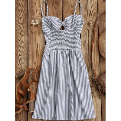 Cami Front Knot Cutout DressWomens Dresses<br>Cami Front Knot Cutout Dress<br><br>Dresses Length: Knee-Length<br>Material: Cotton Blend, Linen<br>Neckline: Spaghetti Strap<br>Occasion: Beach and Summer, Causal, Going Out, Night Out<br>Package Contents: 1 x Dress<br>Pattern Type: Striped<br>Season: Summer<br>Silhouette: A-Line<br>Sleeve Length: Sleeveless<br>Style: Brief<br>Weight: 0.2700kg<br>With Belt: No