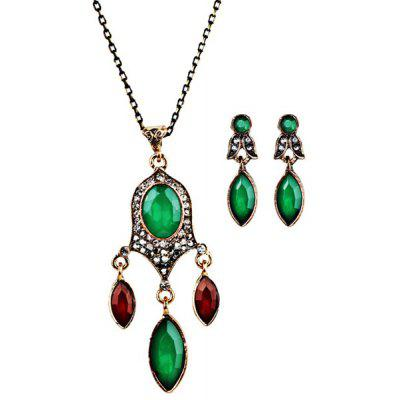 Buy GREEN Faux Gem Chandelier Necklace and Earrings for $2.54 in GearBest store