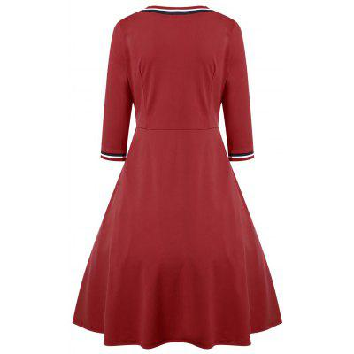 Three Quarter Sleeve V Neck DressWomens Dresses<br>Three Quarter Sleeve V Neck Dress<br><br>Dresses Length: Knee-Length<br>Material: Polyester<br>Neckline: V-Neck<br>Occasion: Causal, Going Out<br>Package Contents: 1 x Dress<br>Pattern Type: Others<br>Season: Spring, Fall<br>Silhouette: A-Line<br>Sleeve Length: 3/4 Length Sleeves<br>Style: Casual<br>Weight: 0.4200kg<br>With Belt: No