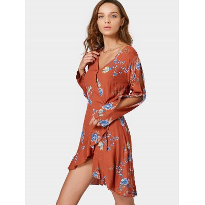 Wrap Floral Ruffles Long Sleeve Mini DressLong Sleeve Dresses<br>Wrap Floral Ruffles Long Sleeve Mini Dress<br><br>Dress Type: Wrap Dress<br>Dresses Length: Mini<br>Embellishment: Ruffles<br>Material: Cotton, Polyester<br>Neckline: V-Neck<br>Occasion: Casual , Day, Going Out<br>Package Contents: 1 x Dress<br>Pattern Type: Floral<br>Season: Fall, Spring<br>Silhouette: Asymmetrical<br>Sleeve Length: Long Sleeves<br>Style: Brief<br>Weight: 0.2700kg<br>With Belt: No
