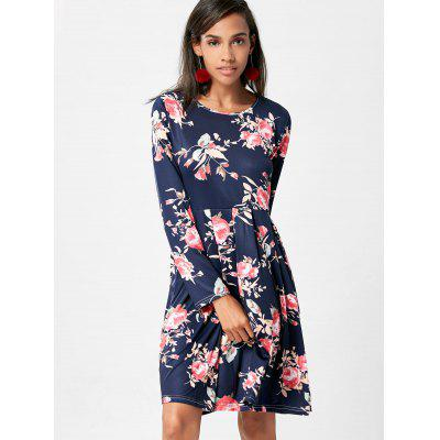 Floral Swing Dress with Long SleeveWomens Dresses<br>Floral Swing Dress with Long Sleeve<br><br>Dress Type: Swing Dress<br>Dresses Length: Knee-Length<br>Elasticity: Micro-elastic<br>Material: Polyester, Spandex<br>Neckline: Jewel Neck<br>Package Contents: 1 x Dress<br>Pattern Type: Floral<br>Season: Spring, Fall<br>Silhouette: Straight<br>Sleeve Length: Long Sleeves<br>Style: Casual<br>Weight: 0.3500kg<br>With Belt: No