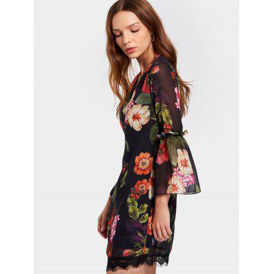 Flare Sleeve V Neck Flower Shift DressWomens Dresses<br>Flare Sleeve V Neck Flower Shift Dress<br><br>Dresses Length: Mini<br>Fabric Type: Chiffon<br>Material: Polyester<br>Neckline: V-Neck<br>Occasion: Casual, Going Out<br>Package Contents: 1 x Dress<br>Pattern Type: Floral<br>Season: Fall, Spring<br>Silhouette: Shift<br>Sleeve Length: 3/4 Length Sleeves<br>Style: Brief<br>Weight: 0.2600kg<br>With Belt: No