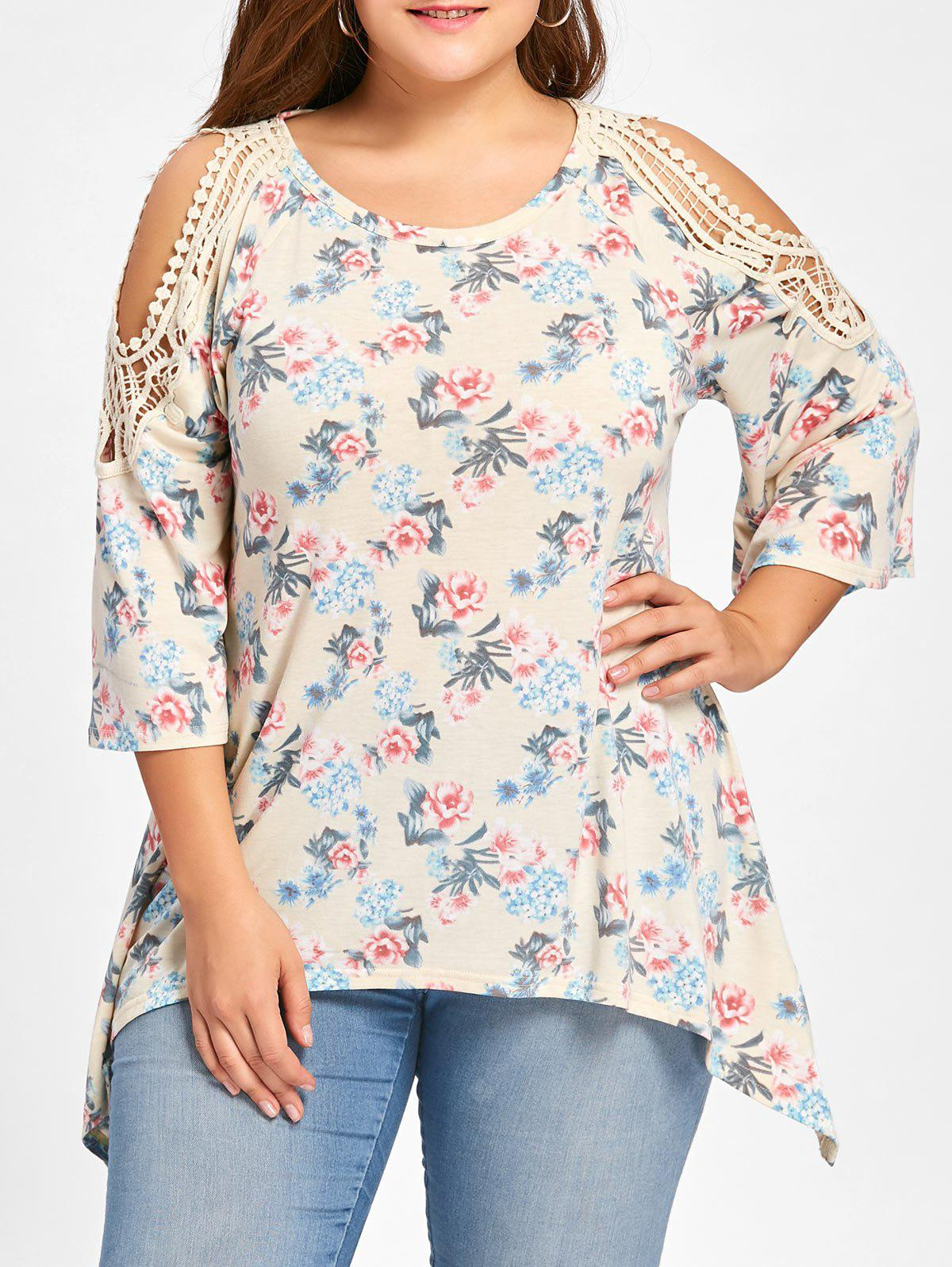 Plus Size Tiny Floral Cold Shoulder Top