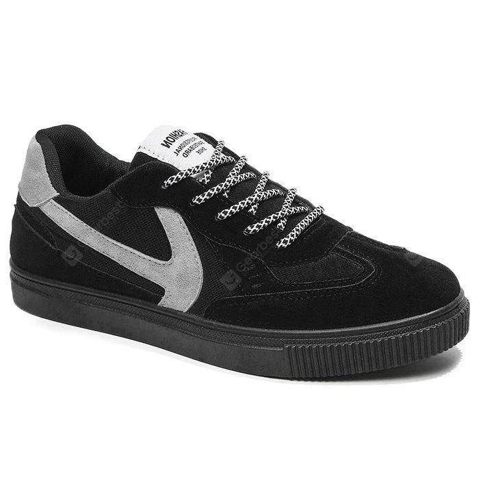 Contrasting Color Stitching Skate Shoes