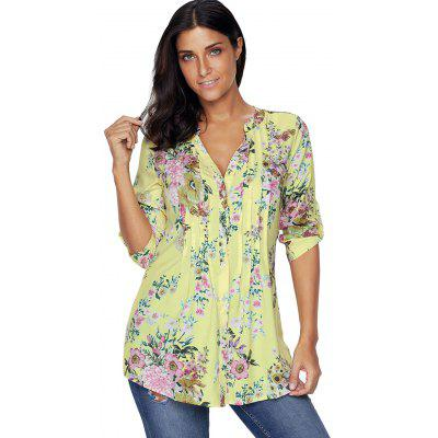 V Neck Pleated Floral BlouseBlouses<br>V Neck Pleated Floral Blouse<br><br>Collar: V-Neck<br>Embellishment: Pleated<br>Material: Polyester<br>Package Contents: 1 x Blouse<br>Pattern Type: Floral<br>Season: Fall, Spring<br>Shirt Length: Regular<br>Sleeve Length: Three Quarter<br>Style: Fashion<br>Weight: 0.2500kg
