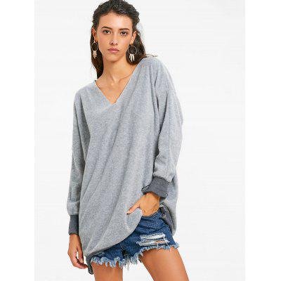V Neck Oversized Tunic SweatshirtSweatshirts &amp; Hoodies<br>V Neck Oversized Tunic Sweatshirt<br><br>Material: Polyester<br>Package Contents: 1 x Sweatshirt<br>Pattern Style: Patchwork<br>Season: Fall, Spring<br>Shirt Length: Long<br>Sleeve Length: Full<br>Style: Casual<br>Weight: 0.3500kg