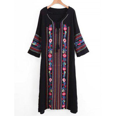 Embroidered Tassels Long Sleeve Maxi Dress