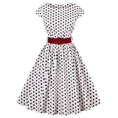 Vestido retro de fiesta de lunares con pin up