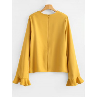 Ruffle Keyhole Back Zip BlouseBlouses<br>Ruffle Keyhole Back Zip Blouse<br><br>Collar: Round Neck<br>Embellishment: Ruffles<br>Material: Cotton, Polyester<br>Occasion: Casual<br>Package Contents: 1 x Blouse<br>Pattern Type: Solid<br>Seasons: Autumn,Spring<br>Shirt Length: Regular<br>Sleeve Length: Full<br>Style: Fashion<br>Weight: 0.3400kg