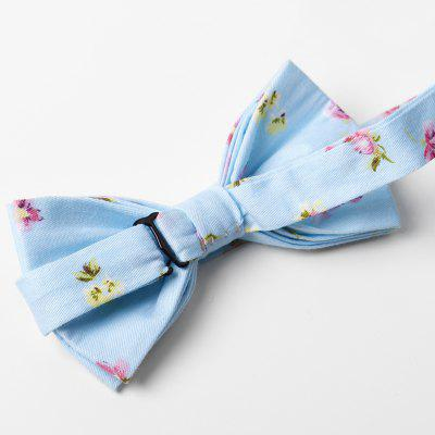 Vintage Flourishing Floral Pattern Bow Tie Handkerchief SetTies &amp; Cufflinks<br>Vintage Flourishing Floral Pattern Bow Tie Handkerchief Set<br><br>Group: Adult<br>Material: Polyester<br>Package Contents: 1 x Bow Tie, 1 x Handkerchief<br>Pattern Type: Floral<br>Style: Fashion<br>Type: Bow Tie<br>Weight: 0.0200kg