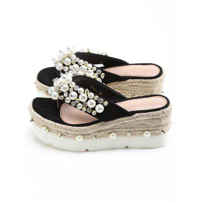 """Faux Pearl Espadrille Platform Thong SandalsSlippers &amp; Flip-Flops<br>Faux Pearl Espadrille Platform Thong Sandals<br><br>Embellishment: Rhinestone<br>Gender: For Women<br>Heel Height: 7CM<br>Heel Height Range: Med(1.75""""-2.75"""")<br>Heel Type: Platform<br>Package Contents: 1 x Thong Sandals (pair)<br>Pattern Type: Cross<br>Platform Height: 5CM<br>Season: Spring/Fall<br>Shoe Width: Medium(B/M)<br>Slipper Type: Outdoor<br>Style: Leisure<br>Upper Material: Suede<br>Weight: 1.5000kg"""