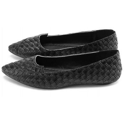 Pointed Toe Chic Slip On FlatsWomens Flats<br>Pointed Toe Chic Slip On Flats<br><br>Closure Type: Slip-On<br>Flat Type: Slip-On<br>Gender: For Women<br>Heel Height Range: Flat(0-0.5)<br>Occasion: Casual<br>Package Contents: 1 x Flats (pair)<br>Pattern Type: Others<br>Season: Spring/Fall<br>Shoe Width: Medium(B/M)<br>Toe Shape: Pointed Toe<br>Toe Style: Closed Toe<br>Upper Material: PU<br>Weight: 1.0800kg