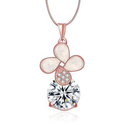 Women Flower Design Shell Zircon Embellished Necklace