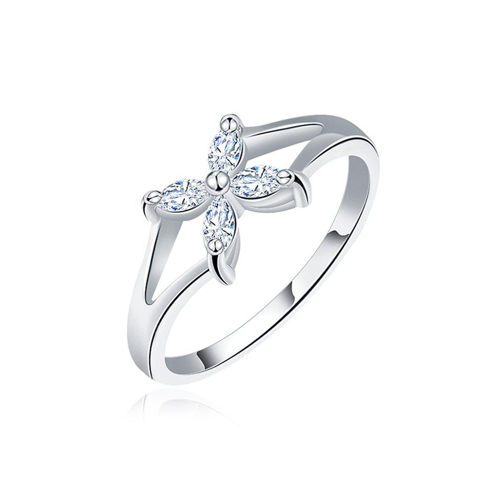 Quatrefoil Flower Plant Hollow Zircon Platinum Plated Ring