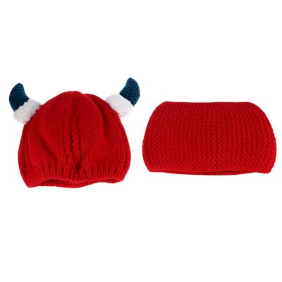 Horn Snow Deer Pattern Knitted Babies Hat with ScarfGirls Clothing accessories<br>Horn Snow Deer Pattern Knitted Babies Hat with Scarf<br><br>Gender: Unisex<br>Item Type: Baby Hat<br>Material: Knitting Wool<br>Packabe Contents: 1 x Hat, 1 x Scarf<br>Package size (L x W x H): 34.50 x 17.50 x 1.00 cm / 13.58 x 6.89 x 0.39 inches<br>Package weight: 0.168 kg<br>Pattern: Others<br>Product weight: 0.157 kg