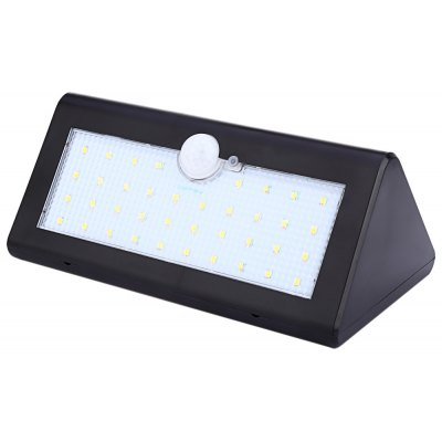 38 LED a sensore di movimento solare a LED