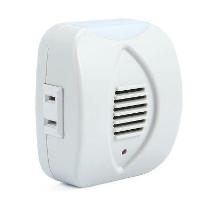 Electronic Mosquito Pest RepellerOther Home Improvement<br>Electronic Mosquito Pest Repeller<br><br>Applicable Area: 20-50 square meters<br>Package Contents: 1 x Ultrasonic Pest Repeller<br>Package Size(L x W x H): 10.00 x 7.00 x 8.00 cm / 3.94 x 2.76 x 3.15 inches<br>Package weight: 0.1260 kg<br>Product weight: 0.0800 kg