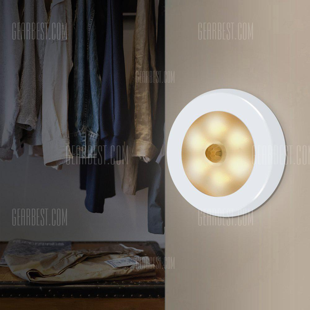Utorch 6 LEDs Motion Sensor Night Light - WHITE WARM LIGHT