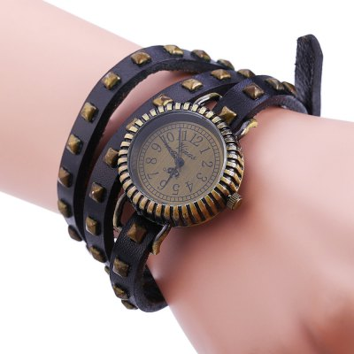 Vinas C1008 Stylish Rivets Design Quartz Watch for Lady