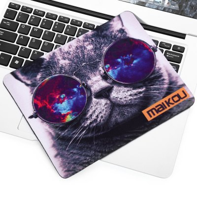Maikou Mouse Pad Cat Wears EyeglassesMouse<br>Maikou Mouse Pad Cat Wears Eyeglasses<br><br>Package Contents: 1 x Mousepad<br>Package size (L x W x H): 18.00 x 4.00 x 4.00 cm / 7.09 x 1.57 x 1.57 inches<br>Package weight: 0.0800 kg<br>Product size (L x W x H): 21.50 x 18.00 x 0.20 cm / 8.46 x 7.09 x 0.08 inches<br>Product weight: 0.0590 kg<br>Type: Mouse Pad