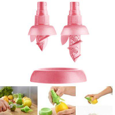 Buy PINK 2PCS Multi-purpose Citrus Sprayer Mini Orange Juice Extractor for $2.58 in GearBest store