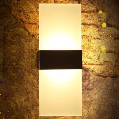 Modern Linear LED Wall Sconce Light Aisle Corner HallwayLiving room lighting<br>Modern Linear LED Wall Sconce Light Aisle Corner Hallway<br><br>Bulb Included: Yes, Yes<br>Input Voltage: AC 220V, AC 220V<br>Luminous Flux: 600LM, 600LM<br>Optional Light Color: Warm White,White, Warm White,White<br>Package Contents: 1 x LED Wall Light, 1 x LED Wall Light<br>Package size (L x W x H): 31.00 x 13.00 x 4.00 cm / 12.2 x 5.12 x 1.57 inches, 31.00 x 13.00 x 4.00 cm / 12.2 x 5.12 x 1.57 inches<br>Package weight: 0.8300 kg, 0.8300 kg<br>Power Output: 6W, 6W<br>Product size (L x W x H): 29.00 x 11.00 x 2.00 cm / 11.42 x 4.33 x 0.79 inches, 29.00 x 11.00 x 2.00 cm / 11.42 x 4.33 x 0.79 inches<br>Product weight: 0.7000 kg, 0.7000 kg<br>Quantity of Spots: 1, 1<br>Shade Material: Acrylic, Acrylic<br>Type: Wall Light, Wall Light