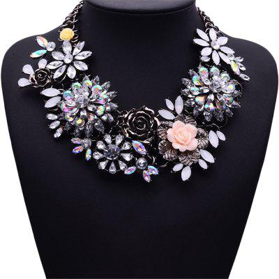 WQ016 Luxury Crystal Flower Design Necklace for WomenNecklaces &amp; Pendants<br>WQ016 Luxury Crystal Flower Design Necklace for Women<br><br>Fabric: Alloy,Crystal<br>Occasions: Casual, Personalized Photo, Performance, Party<br>Package Contents: 1 x Necklace<br>Package size (L x W x H): 18.00 x 6.00 x 2.00 cm / 7.09 x 2.36 x 0.79 inches<br>Package weight: 0.300 kg<br>Product size (L x W x H): 17.00 x 5.00 x 1.00 cm / 6.69 x 1.97 x 0.39 inches<br>Product weight: 0.270 kg<br>Style: Fashion