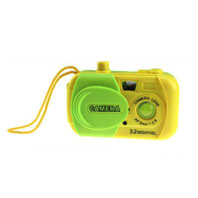 Simulation Camera with Cartoon Animal Picture Inside Birthday GiftOther Educational Toys<br>Simulation Camera with Cartoon Animal Picture Inside Birthday Gift<br><br>Appliable Crowd: Unisex<br>Materials: Plastic<br>Nature: Other<br>Package Contents: 1 x Simulation Camera<br>Package size: 11.00 x 10.00 x 10.00 cm / 4.33 x 3.94 x 3.94 inches<br>Package weight: 0.110 kg<br>Product size: 8.50 x 2.30 x 5.00 cm / 3.35 x 0.91 x 1.97 inches<br>Product weight: 0.095 kg<br>Specification: Chinese