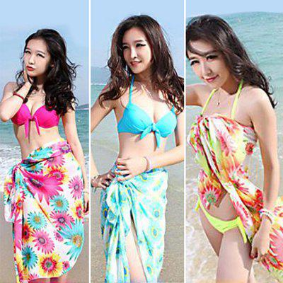Free Style Three-piece Bikini Set with Scarf for WomenSwimwear<br>Free Style Three-piece Bikini Set with Scarf for Women<br><br>Color: Blue,Red,Yellow<br>Material: Nylon<br>Package Contents: 1 x Tops, 1 x Briefs, 1 x Scarf<br>Package size: 25.00 x 15.00 x 2.00 cm / 9.84 x 5.91 x 0.79 inches<br>Package weight: 0.530 kg<br>Product weight: 0.400 kg<br>Size: L,M,S<br>Type: Bikini<br>Waist: Low Waisted