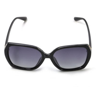 YiKang 1210 - C1 Female UV-resistant Polarized SunglassesStylish Sunglasses<br>YiKang 1210 - C1 Female UV-resistant Polarized Sunglasses<br><br>Brand: YiKang<br>Ear-stems Length: 14 cm<br>Features: Anti-UV, Polarized<br>Frame Color: Black<br>Gender: Women<br>Lens height: 5.2 cm<br>Lens material: Resin<br>Lens width: 5.8 cm<br>Model Number: 1210- C1<br>Nose bridge width: 1.5 cm<br>Package Contents: 1 x YiKang 1210- C1 Sunglasses<br>Package Dimension: 15.70 x 6.70 x 4.60 cm / 6.18 x 2.64 x 1.81 inches<br>Package weight: 0.050 kg<br>Product Dimension: 14.70 x 5.70 x 3.60 cm / 5.79 x 2.24 x 1.42 inches<br>Product weight: 0.027 kg<br>Whole Length: 14.7 cm