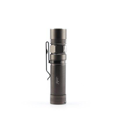 ON THE ROAD M6 LED Flashlight