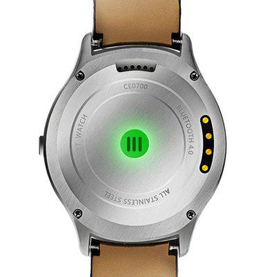 NO.1 D5+ Smartwatch PhoneSmart Watch Phone<br>NO.1 D5+ Smartwatch Phone<br><br>Additional Features: People, MP3, GPS, Bluetooth, Alarm, 3G, 2G, Sound Recorder<br>Battery: 450mAh Built-in<br>Bluetooth Version: V3.0,V4.0<br>Brand: NO.1<br>Camera type: No camera<br>Cell Phone: 1<br>Charging Cable: 1<br>Charging Dock: 1<br>Compatible OS: Android<br>Cores: Quad Core, 1.3GHz<br>CPU: MTK6580<br>External Memory: Not Supported<br>Frequency: GSM 850/900/1800/1900MHz WCDMA 850/1900/2100MHz<br>Functions: Heart rate measurement, Pedometer<br>Languages: Indonesian, Malay, Catalan, Czech, Danish, German, Estonian, English, Spanish, Filipino, French, Croatian, Italian, Latvian, Lithuanian, Hungarian, Dutch, Norwegian Bokmal, Polish,  Portuguese, Romani<br>Music format: WAV, MP3, AMR, AAC<br>Network type: GSM+WCDMA<br>OS: Android 5.1<br>Package size: 11.10 x 9.10 x 7.80 cm / 4.37 x 3.58 x 3.07 inches<br>Package weight: 0.2500 kg<br>Picture format: JPEG<br>Product size: 4.60 x 4.60 x 1.28 cm / 1.81 x 1.81 x 0.5 inches<br>Product weight: 0.0780 kg<br>RAM: 1G<br>ROM: 8GB<br>Screen resolution: 360 x 360<br>Screen size: 1.3 inch<br>Screen type: Capacitive<br>SIM Card Slot: Single SIM<br>TF card slot: No<br>Type: Watch Phone<br>User Manual: 1<br>Video format: AVI, 3GP, RMVB, MP4, FLV<br>Wireless Connectivity: 3G, Bluetooth, GSM, GPS