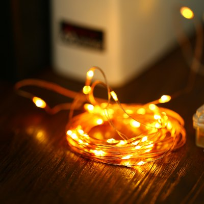 5M 50-LED Xmas LED String LightChristmas Supplies<br>5M 50-LED Xmas LED String Light<br><br>Package Contents: 1 x LED String Light, 1 x Remote Controller ( with Button Battery )<br>Package size (L x W x H): 10.00 x 9.00 x 4.60 cm / 3.94 x 3.54 x 1.81 inches<br>Package weight: 0.084 kg<br>Product size (L x W x H): 9.00 x 8.00 x 3.60 cm / 3.54 x 3.15 x 1.42 inches<br>Product weight: 0.049 kg