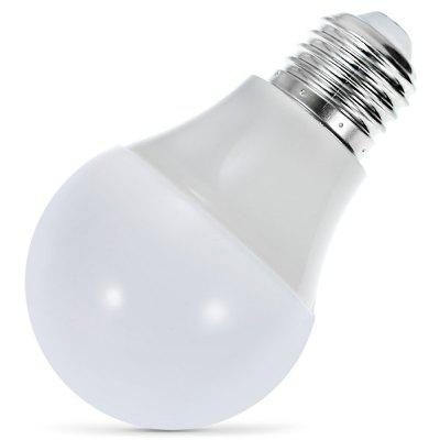 Magic Blue UU Bluetooth BulbSmart Lighting<br>Magic Blue UU Bluetooth Bulb<br><br>Bluetooth Version: 4.0<br>Color Temperature: 2800-3200K<br>Lumen: 350Lm<br>Operating system: Android 4.3 / iOS 7.0 and above systems<br>Package Contents: 1 x Magic Blue UU Smart Bulb, 1 x English User Munual<br>Package Size ( L x W x H ): 6.50 x 6.50 x 11.20 cm / 2.56 x 2.56 x 4.41 inches<br>Package weight: 0.1000 kg<br>Power: 4.5W<br>Product Size  ( L x W x H ): 6.10 x 6.10 x 10.20 cm / 2.4 x 2.4 x 4.02 inches<br>Product weight: 0.0720 kg<br>Voltage: AC100-265V