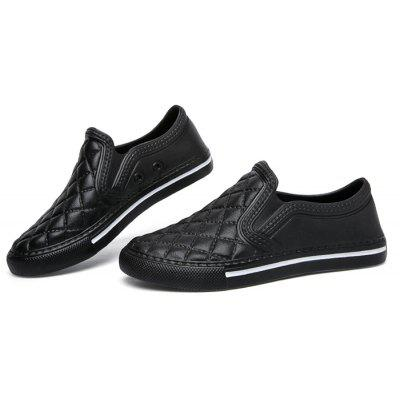 Respirável Slip-on Mulheres PU Casual Shoes