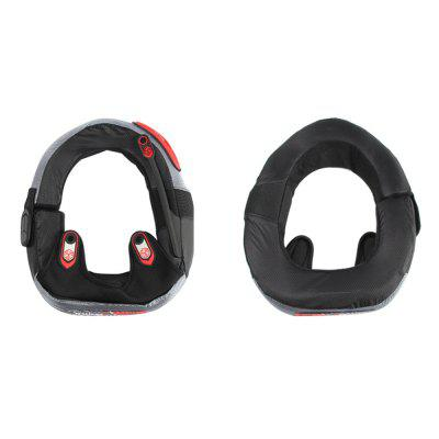 Motocross Off Road Racing Protective Neck BraceOther  Motorcycle Accessories<br>Motocross Off Road Racing Protective Neck Brace<br><br>Package Contents: 1 x Neck Protector<br>Package size (L x W x H): 32.00 x 27.00 x 7.00 cm / 12.6 x 10.63 x 2.76 inches<br>Package weight: 0.3800 kg<br>Product size (L x W x H): 30.00 x 25.00 x 6.00 cm / 11.81 x 9.84 x 2.36 inches<br>Product weight: 0.3500 kg