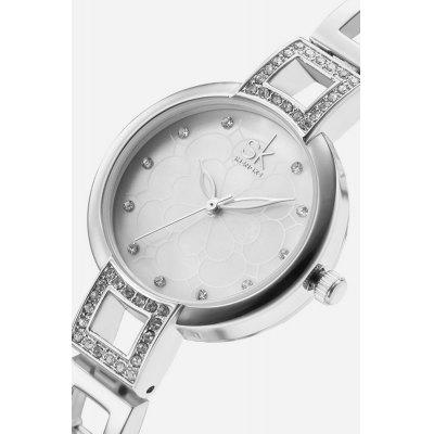 K0019L Fashion Quartz Women WatchWomens Watches<br>K0019L Fashion Quartz Women Watch<br><br>Available Color: Rose Gold,Silver<br>Band material: Stainless Steel<br>Band size: 19.5 x 1.0cm<br>Case material: Alloy<br>Clasp type: Hook buckle<br>Dial size: 2.8 x 2.8 x 0.8cm<br>Display type: Analog<br>Movement type: Quartz watch<br>Package Contents: 1 x Watch, 1 x Box<br>Package size (L x W x H): 28.00 x 8.00 x 3.50 cm / 11.02 x 3.15 x 1.38 inches<br>Package weight: 0.0950 kg<br>Product size (L x W x H): 19.50 x 2.80 x 0.80 cm / 7.68 x 1.1 x 0.31 inches<br>Product weight: 0.0450 kg<br>Shape of the dial: Round<br>Watch style: Fashion<br>Watches categories: Women<br>Water resistance : 30 meters<br>Wearable length: 19cm