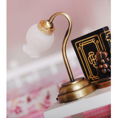 1:12 Scale Miniature Tulip Shape LED Table LampPretend Play<br>1:12 Scale Miniature Tulip Shape LED Table Lamp<br><br>Age: Above 3 Years<br>Material: Metal, Plastic<br>Package Contents: 1 x Miniature Table Lamp<br>Package size (L x W x H): 4.00 x 5.00 x 5.00 cm / 1.57 x 1.97 x 1.97 inches<br>Package weight: 0.0460 kg<br>Product size (L x W x H): 2.00 x 3.50 x 3.50 cm / 0.79 x 1.38 x 1.38 inches<br>Product weight: 0.0300 kg<br>Type: Ornament