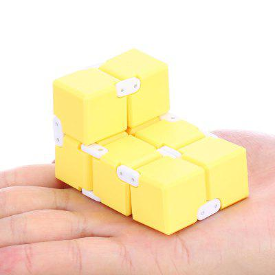 Candy Color Weighted Infinity Cube Fidget ToyNovelty Toys<br>Candy Color Weighted Infinity Cube Fidget Toy<br><br>Features: Creative Toy, manual<br>Materials: Metal, Plastic<br>Package Contents: 1 x Infinity Cube<br>Package size: 15.50 x 8.50 x 3.00 cm / 6.1 x 3.35 x 1.18 inches<br>Package weight: 0.1490 kg<br>Product size: 4.00 x 4.00 x 4.00 cm / 1.57 x 1.57 x 1.57 inches<br>Product weight: 0.1050 kg<br>Series: Entertainment<br>Theme: Other