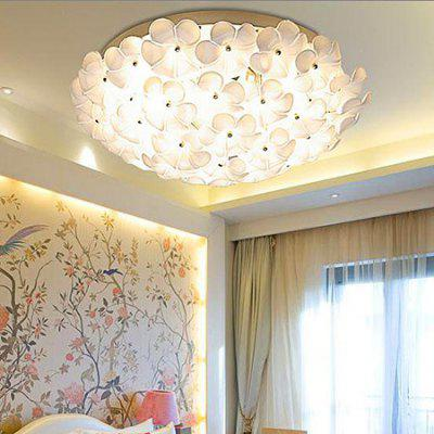 Flower Shape Iron LED Ceiling Light 220VFlush Ceiling Lights<br>Flower Shape Iron LED Ceiling Light 220V<br><br>Features: Remote-Controlled<br>Illumination Field: 15 - 25sqm<br>Luminous Flux: 3000lm<br>Optional Light Color: Natural White,Warm White + White<br>Package Contents: 1 x Ceiling Light, 1 x Remote Controller, 1 x Set of Install Accessory<br>Package size (L x W x H): 55.00 x 55.00 x 20.00 cm / 21.65 x 21.65 x 7.87 inches<br>Package weight: 5.0500 kg<br>Product size (L x W x H): 45.00 x 45.00 x 15.00 cm / 17.72 x 17.72 x 5.91 inches<br>Product weight: 4.5000 kg<br>Sheathing Material: Glass, Iron<br>Type: Ceiling Lights<br>Voltage (V): 220V<br>Wattage (W): 36W<br>Wavelength / CCT: 3000K,4200K,6500K